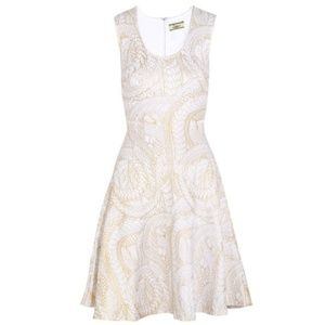 ISSA LONDON | Gold & White Fit & Flare Knit Dress